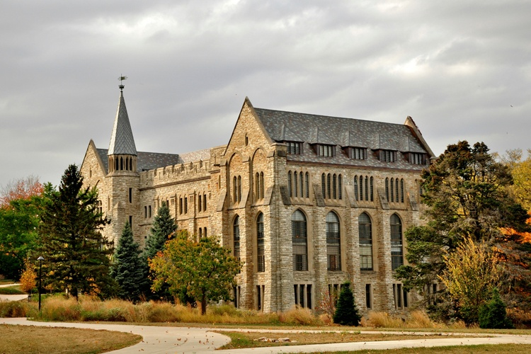 Press Release: St. Olaf College's Segregated Graduation